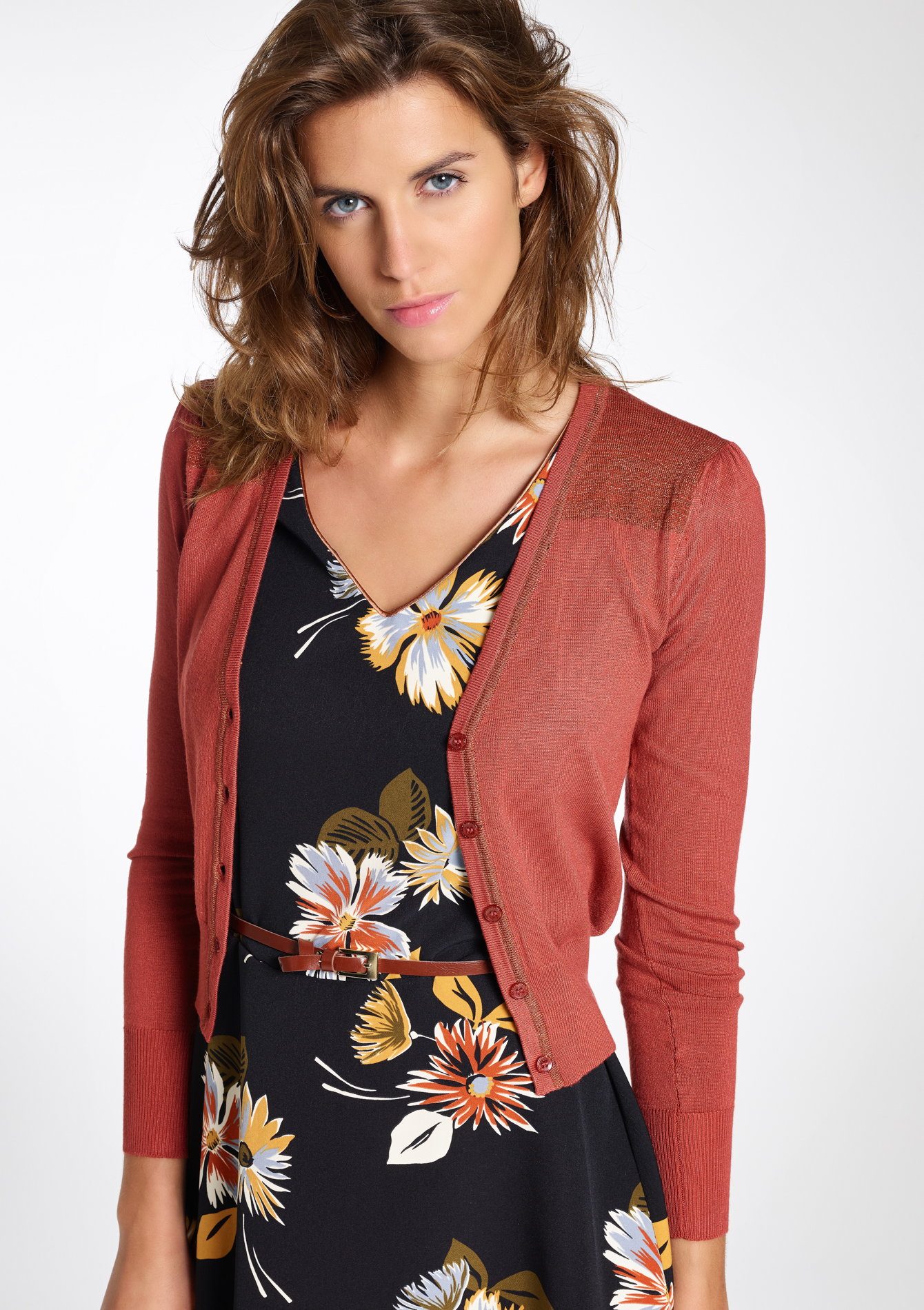Red Hanger. Cardigans for Women - Short Sleeve Womens Open Cardigan Sweaters. Inorin. Womens Cardigans Short Sleeve Summer Lightweight Sheer Open Front Drape Sweater Tops. from $ 8 88 Prime. 4 out of 5 stars Chunoy. Women Casual Floral Short Sleeve Chiffon Kimono Shawl Blouse Top. from $ 13 99 Prime. out of 5 stars OLRAIN.