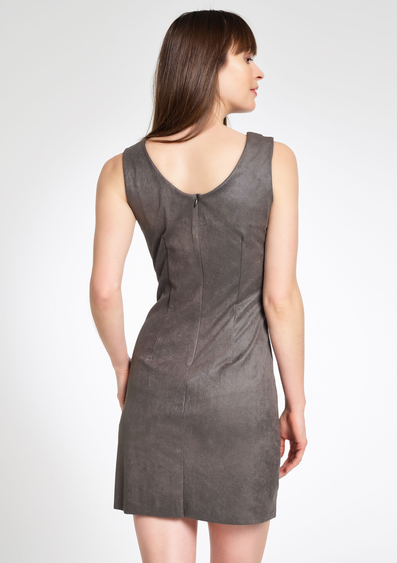 suede jurk mouwloos