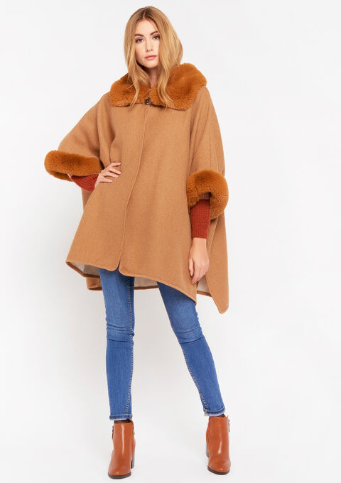 Cape with fake fur - CAMEL BROWN - 982427