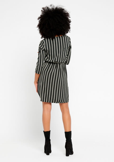 Gestreepte jurk met v-hals - BLACK - 08100560_1119