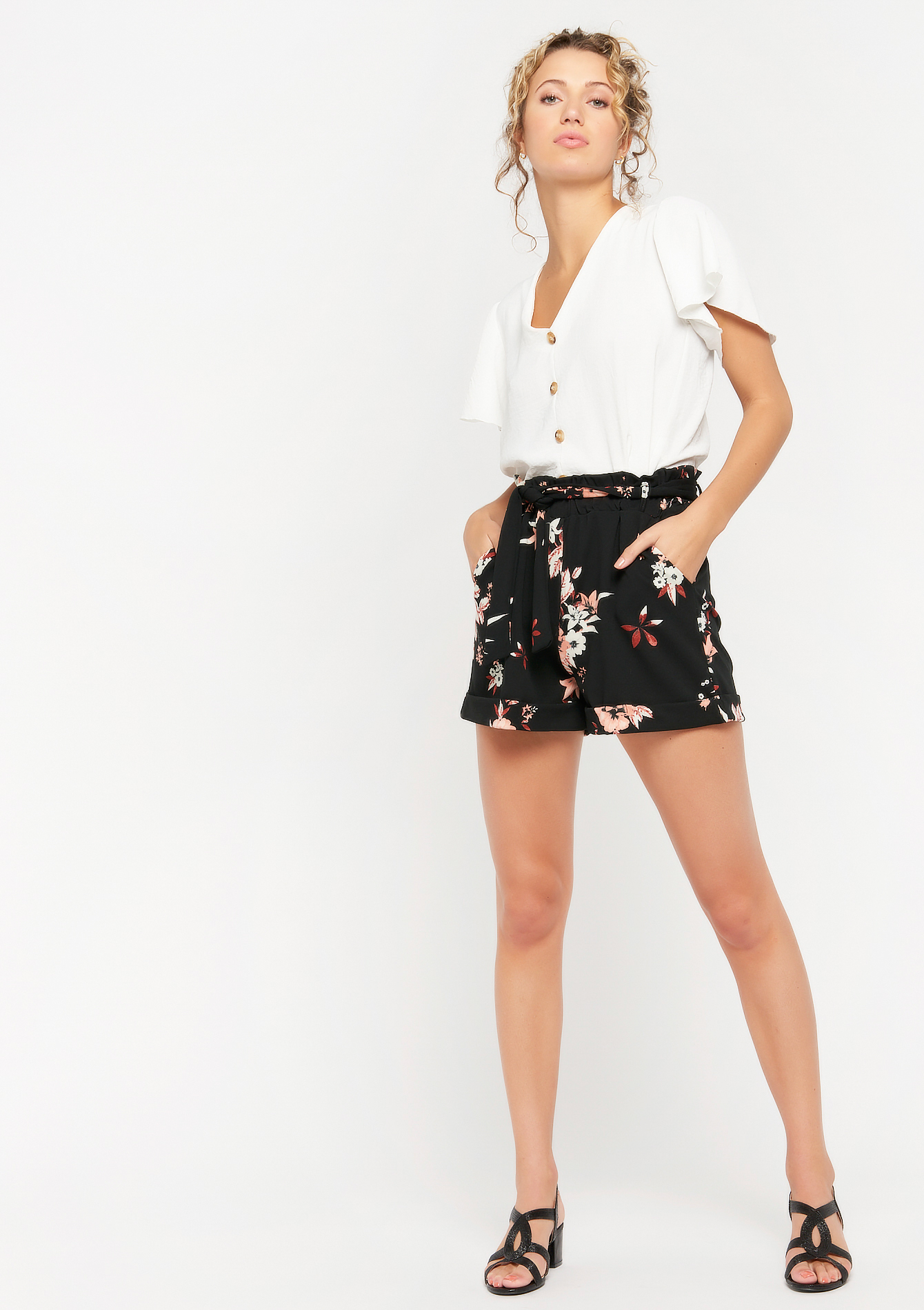 Short met bloemenprint - BLACK - 06100272_1119