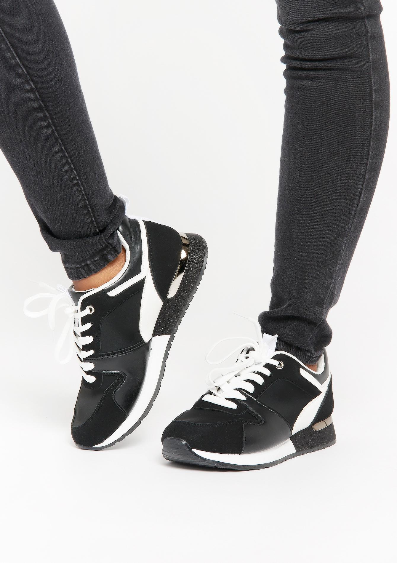 Basketsà lacets