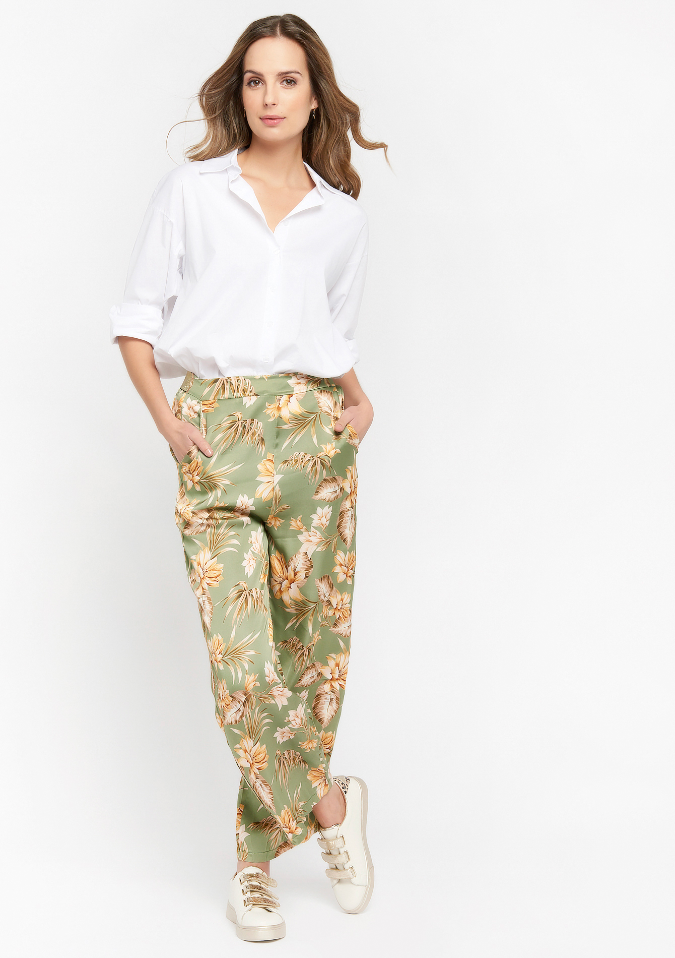 Loose-fitting floral trousers  - KHAKI MILD - 06600447_4318
