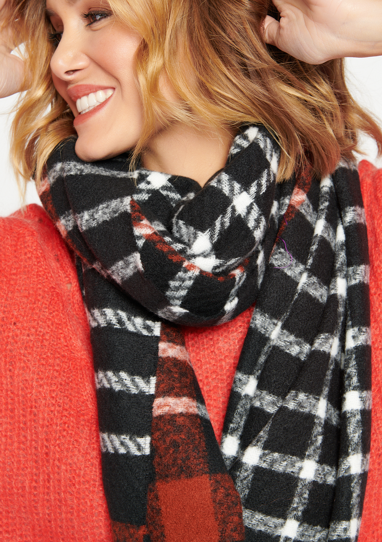 Chequered scarf - BLACK - 1004009