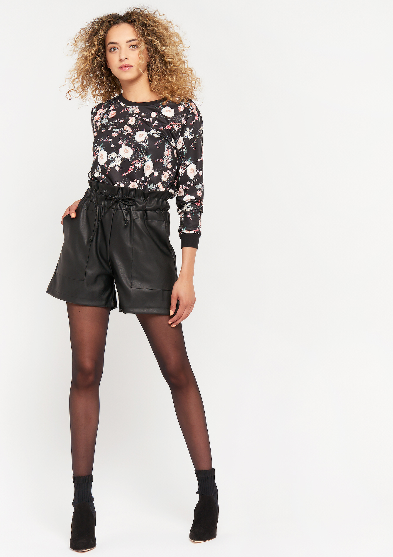Imitation leather shorts - BLACK - 06100295_1119