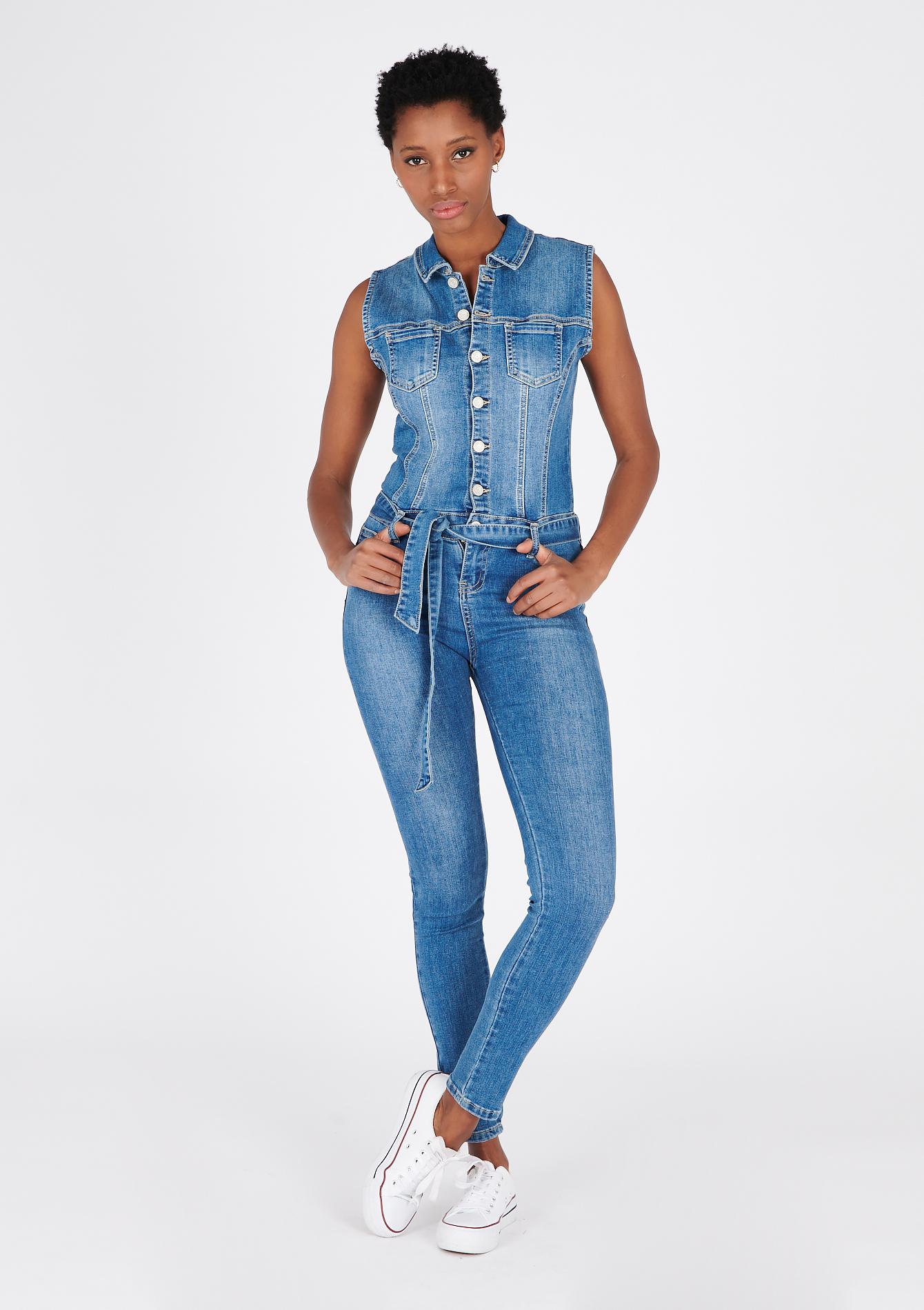 Combinaison skinny en jean sans manches - LolaLiza - Modalova