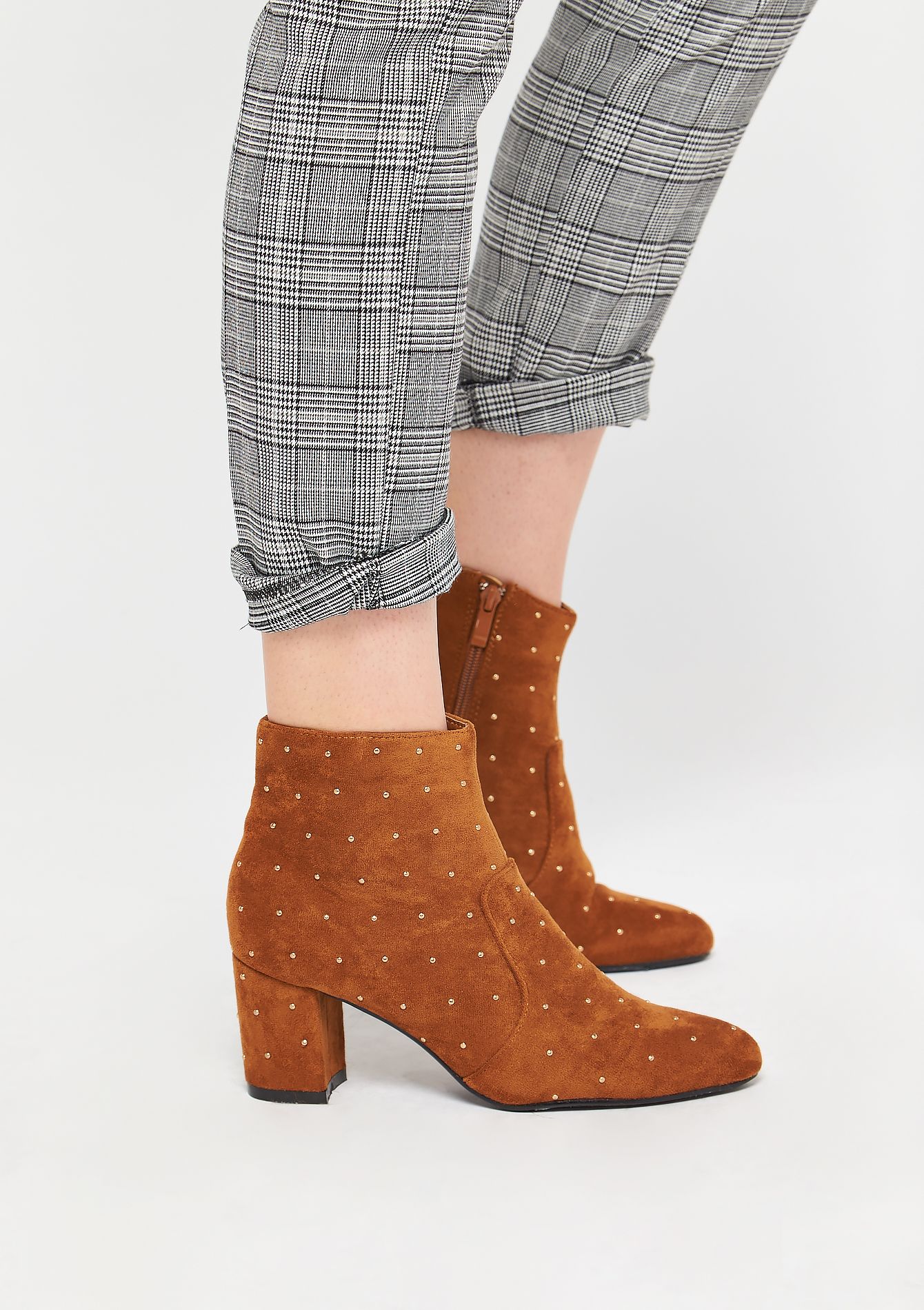 Ankle boots with studs - CAMEL COFFEE - 13100045_3817